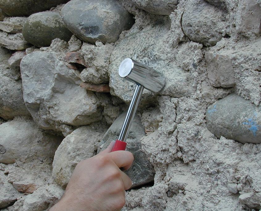 Indagini soniche su muratura