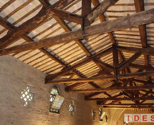 """Basilica di """"S. Alessandro"""" - Roma - Prove su capriate lignee"""